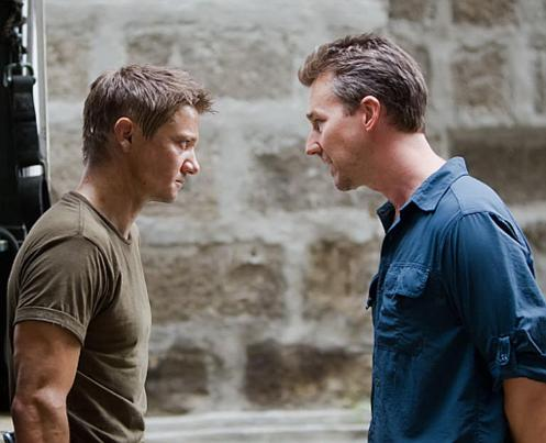 Bourne-Legacy-Norton-and-Renner