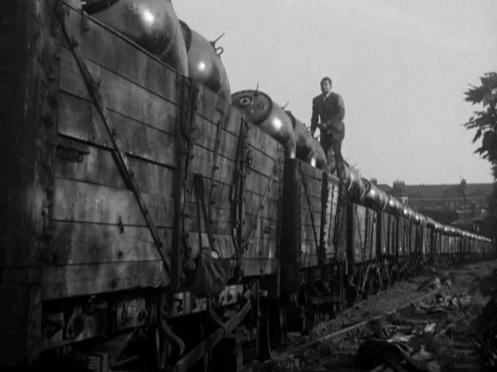 Terror-on-a-Train-1953-3